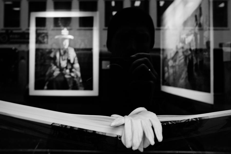 art-gallery-reflection